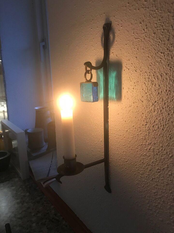 Hænge lysestage. I jern med glas vedhæng