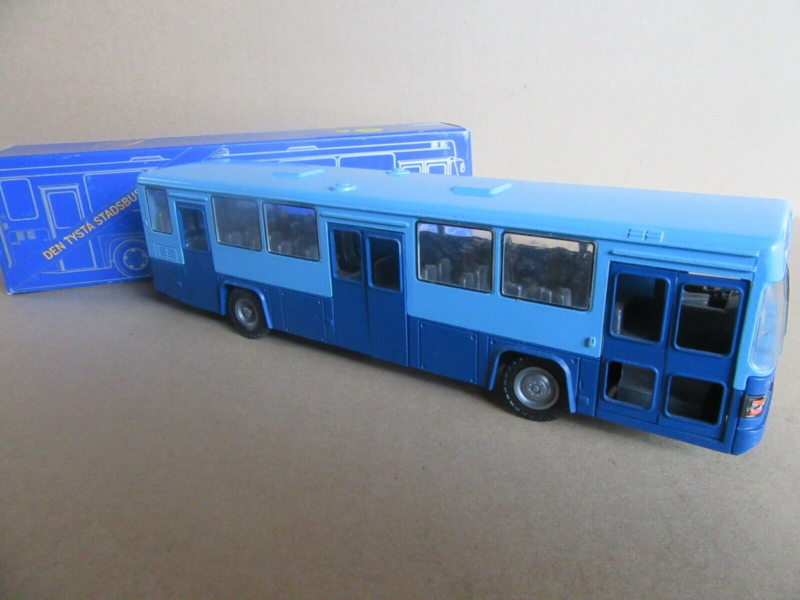 504I NZG Model 293 City Bus Scania CN112 bluee 1 50