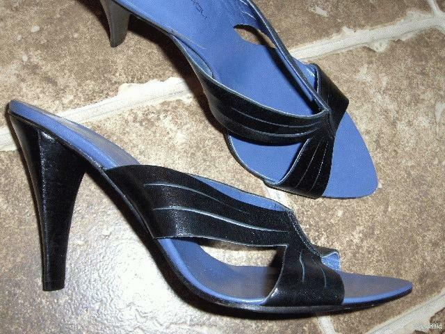 "GIANCARLO PAOLI black leather pointy toe blue sandals MULES 3.5"" heel 10 NEW"