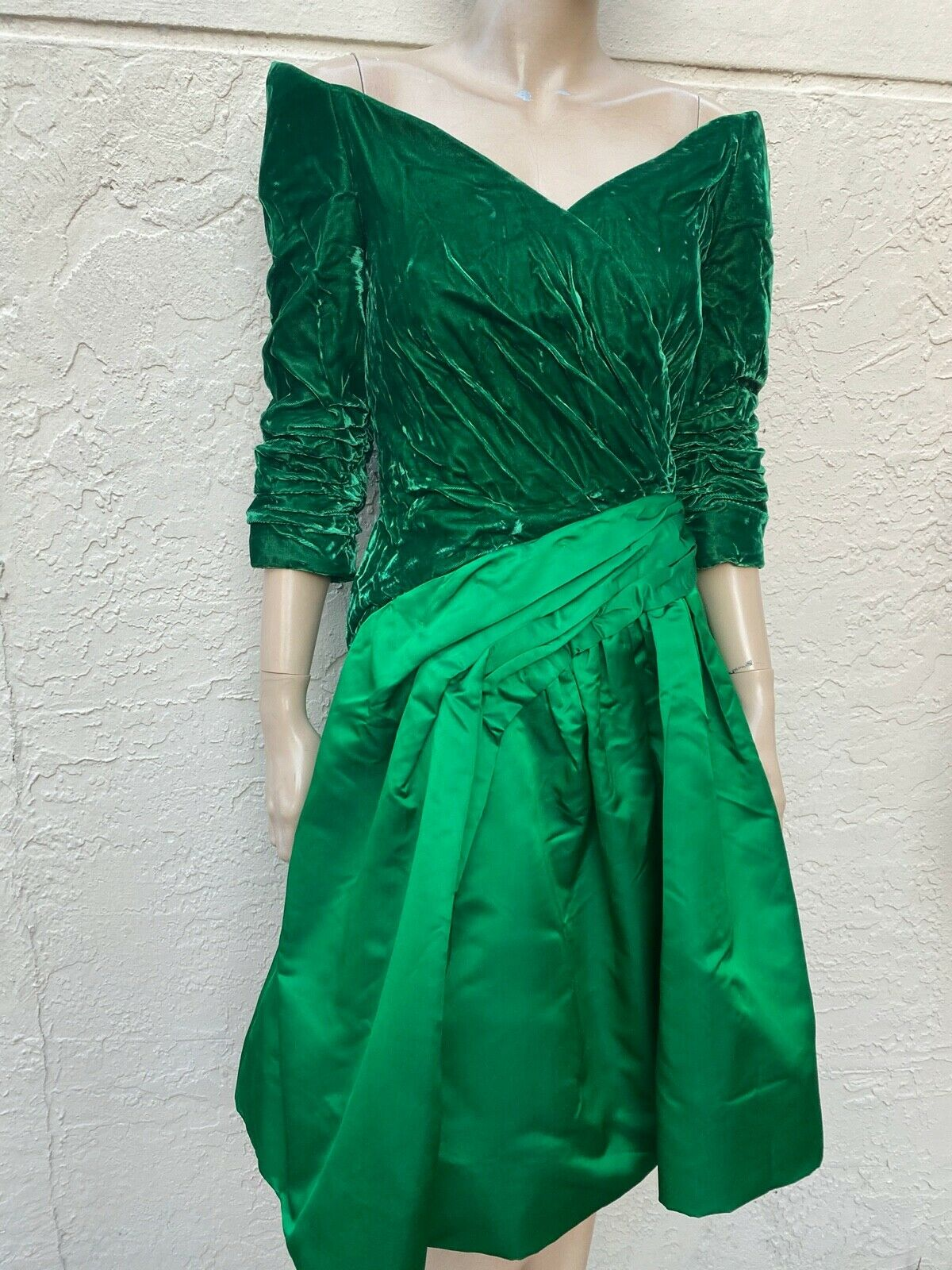 ARNOLD SCAASI BOUTIQUE VINTAGE 80's OFF THE SHOUL… - image 3