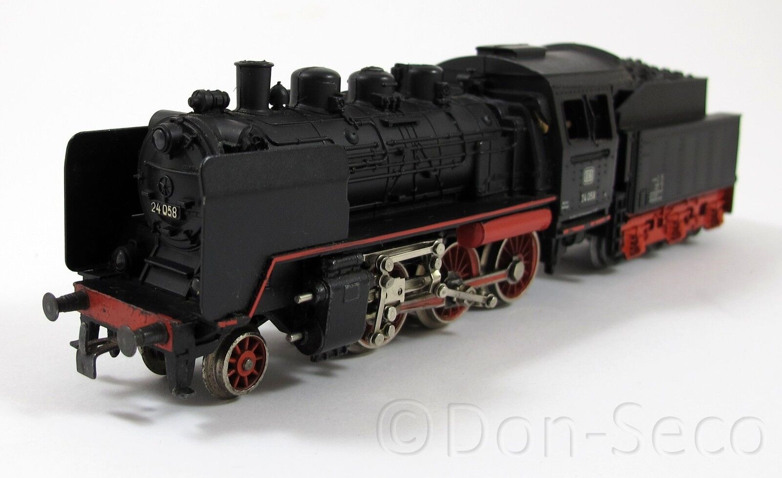 Märklin 3003 máquina de vapor 24 058 de la DB pista h0 Top