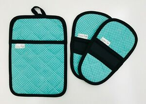 Oven-Mini-Mitts-amp-Pot-Holder-set-Neoprene-and-Polka-Dot-Cotton-by-Cuchina-Safe