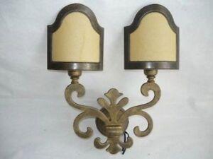 Applique lampada giglio fiorentino ottone e pergamena a luci e