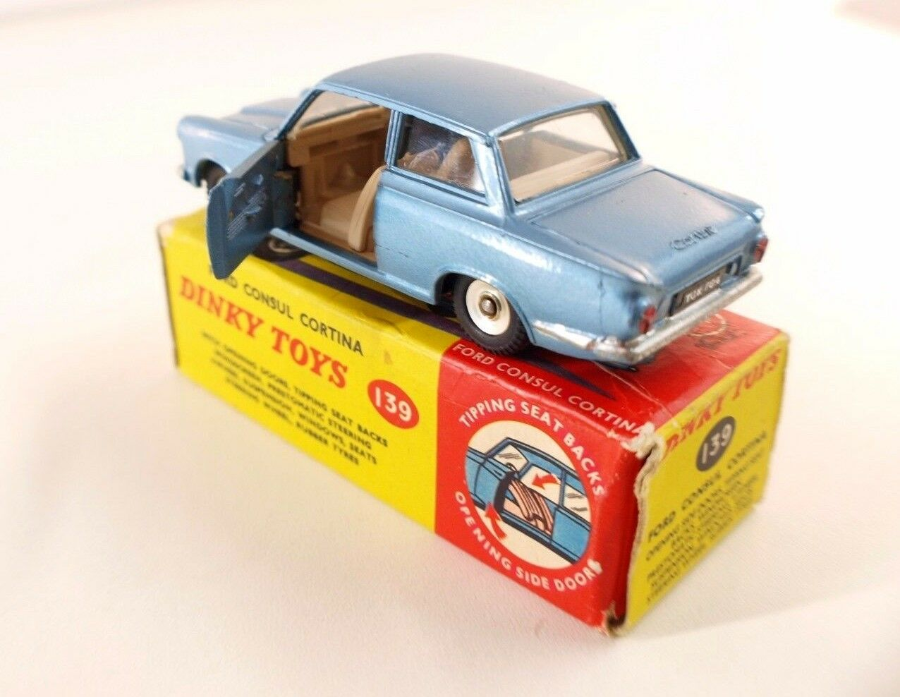 Dinky Toys Toys Toys GB n° 139 Ford Consul Cortina en boite d9d9fb
