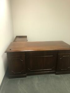 Details about Exec L-Shape Presidential Style Desk by Kimball Office  Furniture in Mahogany