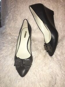 BCBGeneration-ASYA-Wedge-Pump-BLACK-sz-13-m-new
