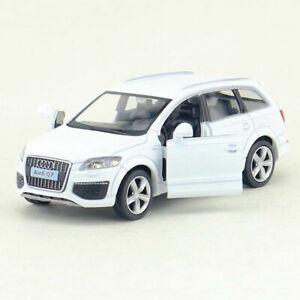 1:36 BMW Q7 SUV IN LEGA PER AUTO MODELLO veicolo giocattolo Diecast TIRA Bambini Bianco Regalo