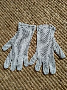 Vintage-crochet-lace-gloves-Ecru-beige-Small