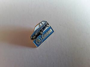 PIN-039-S-PINS-Skoda-voiture-attache