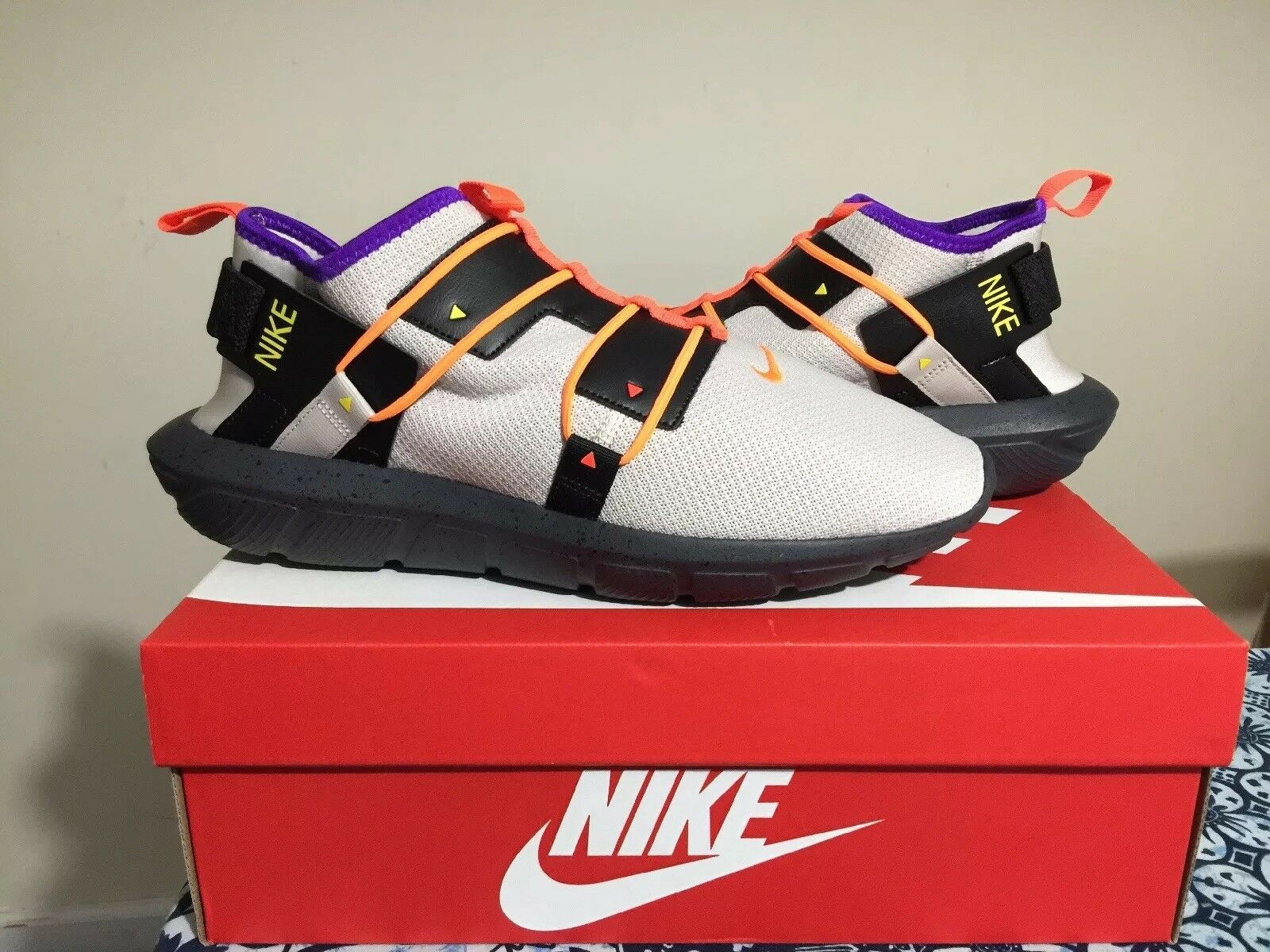 Men's Nike Vortak Casual shoes Desert Sand Total orange Black AA2194 001 Size 11
