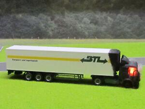 1-87-Mercedes-LKW-Kuehlkoffer-Motorbrand-LED-12V-Feuer-H0-Laser-Cut-Patina-18