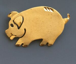 Vintage-Pig-Brooch-Pin-In-Gold-Tone-Metal