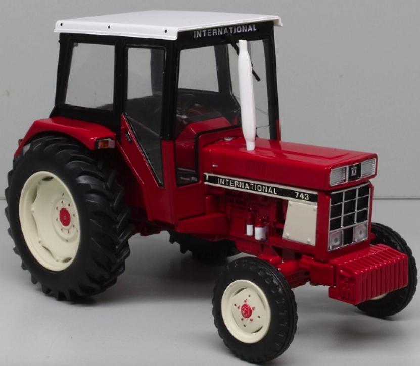 Replicagri 1 32 Scale International 743 Modèle 2WD tracteur
