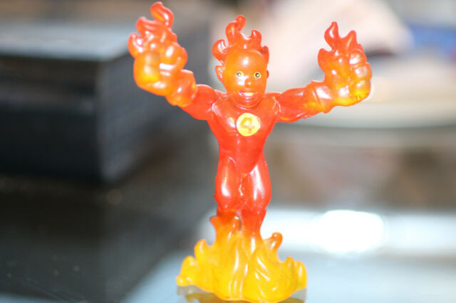 MARVEL ULTIMATE HEROES PVC HUMAN TORCH