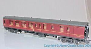 Lima-305332-OO-Gauge-BR-Mark1-Corridor-Brake-2nd-Coach-M25290-BR-maroon