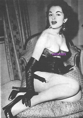 VINTAGE PIN UP 1950S MODEL TANA LOUISE SHOWING OFF BIG CLEAVAGE PUBLICITY PHOTO