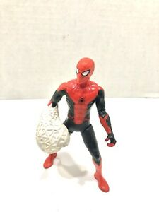 Hasbro Spider-Man: Far From Home - Web Punch Spider-Man Action Figure