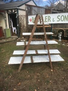 Vtg-Primitive-Wood-painters-step-Ladder-Shelf-barn-wood-Wedding-Display