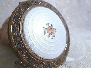 Evans-Guilloche-Vintage-Compact-Beautiful-Golden-Trim-White-With-A-Pink-Rose
