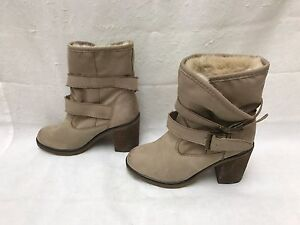 Women's Sm New York Alpine Taupe Lining Fur Ankle Boots 8M
