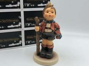 Hummel-Figurine-760-IN-Die-Wide-World-5-1-2in-1-Choice-Very-Good-Condition