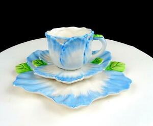 BOMBAY-CO-PORCELAIN-BMA12-BLUE-FLORAL-2-1-2-034-CUP-AND-SAUCER-TRIO-1992