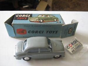 Corgi 202 Morris Cowley 1956 Très bonne boîte usée originale en âge