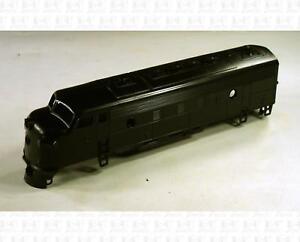 Athearn-HO-Parts-Dual-Headlight-EMD-F7-F7A-Shell-UNDEC