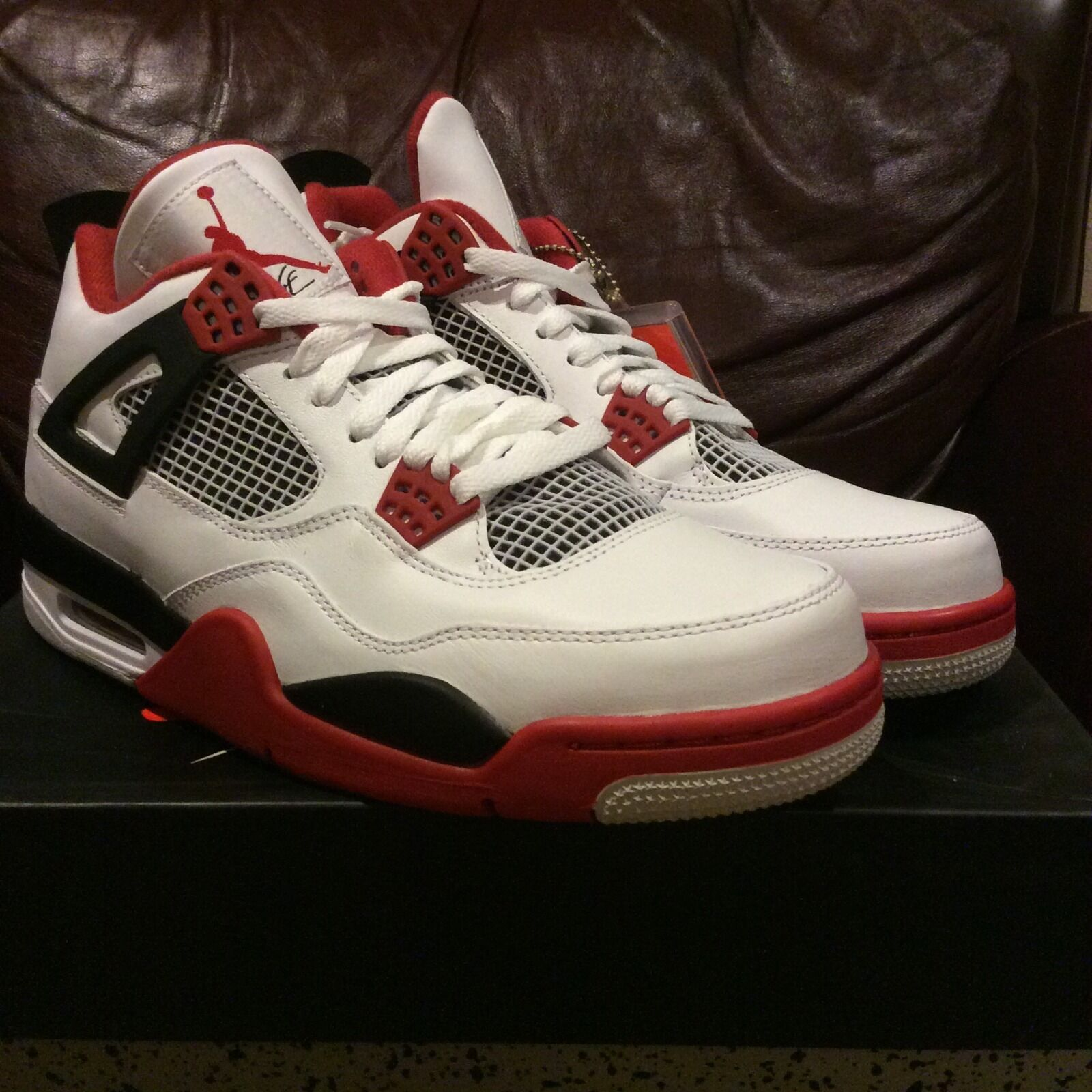 Air jordan 4 fire red 2012 size 10 100% authentic I II III IV VI VII XII XII XI
