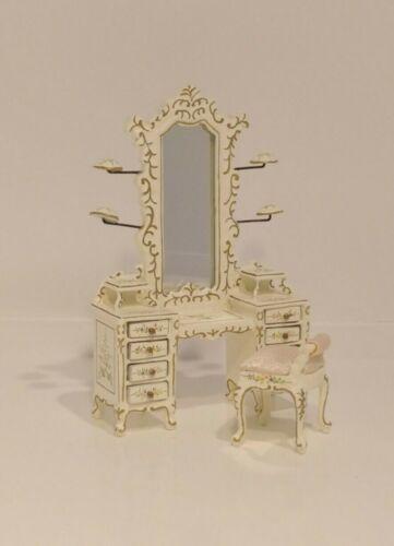 "1:24 Half Scale 3/"" Miniature Dollhouse Hat Dresser and Stool S10603// JiaYi"