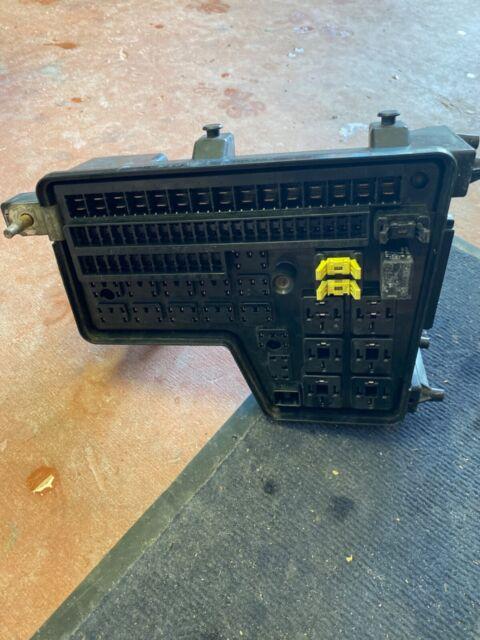 02-05 DODGE RAM 1500 2500 3500 FUSE BOX INTEGRATED POWER ...