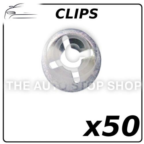 Clips emblème clips-Push Fixation sur 4 mm Peugeot 205 Pack de 50 partie 558