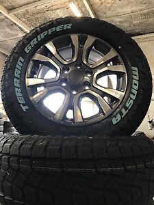 Ford-Ranger-Wildtrak-18-Inch-Wheel-And-Monsta-All-Terrain-Tyre-265-60-18-New-X-1