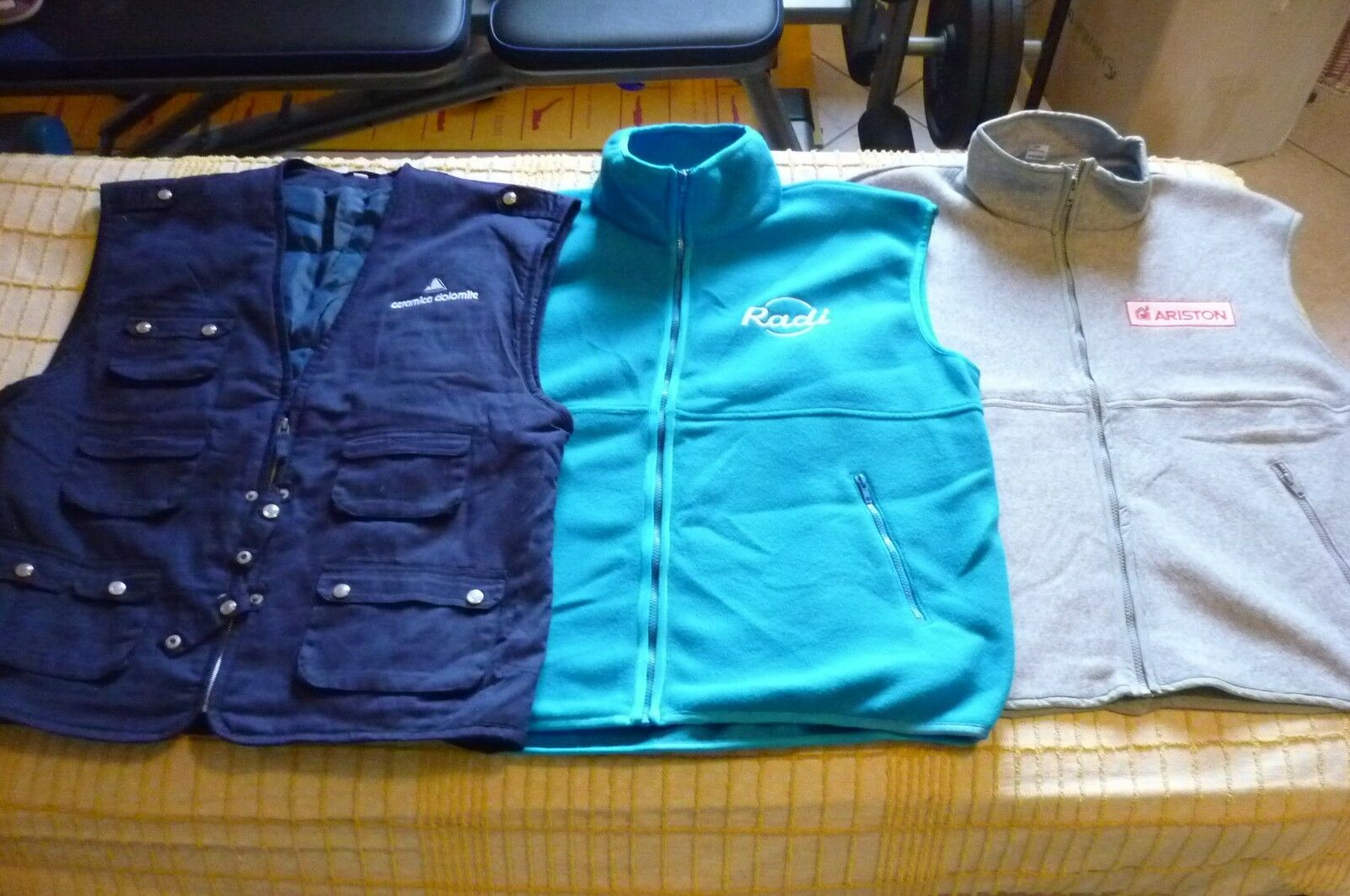 BATCH OF 17 VEST NEW WORKING HYDRAULICS VARIOUS SIZES CLOTHING OCCASION