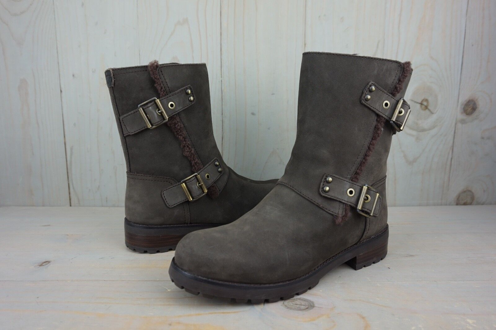 81f5bc6ba33 UGG Niels 1019073 Black Leather Water Resistant Moto BOOTS Womens US 8