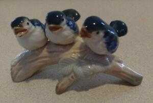 Vintage-Porcelain-Otagiri-Blue-Bird-Figurine-Made-In-Japan-3-Birds-on-a-Branch