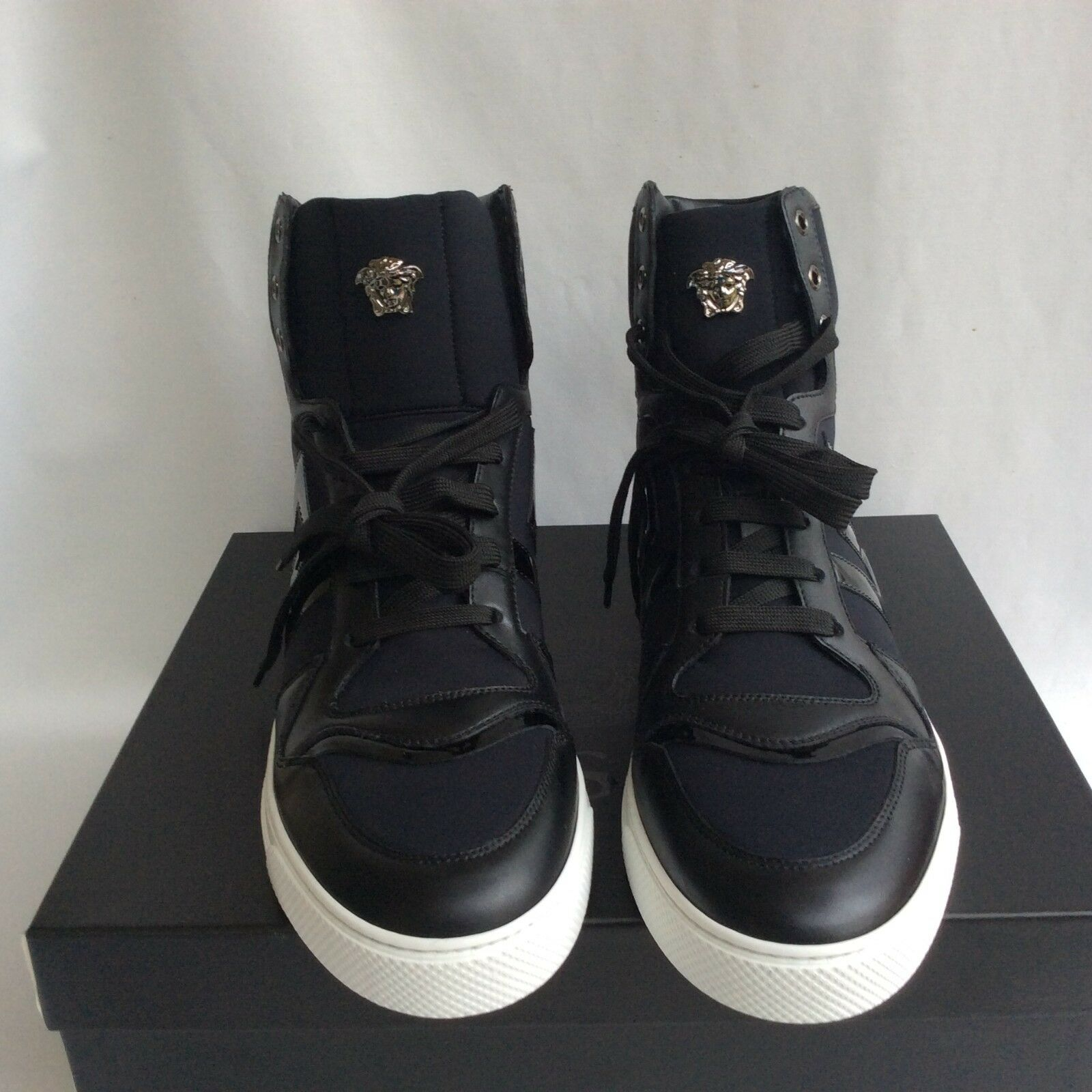 NIB Versace Black Leather High Top Trainers Sneakers EU45  US12 Medusa Auth. 850