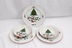 Kopin-Christmas-Pleasure-Dinner-Plates-and-Bowls-Lot-of-5