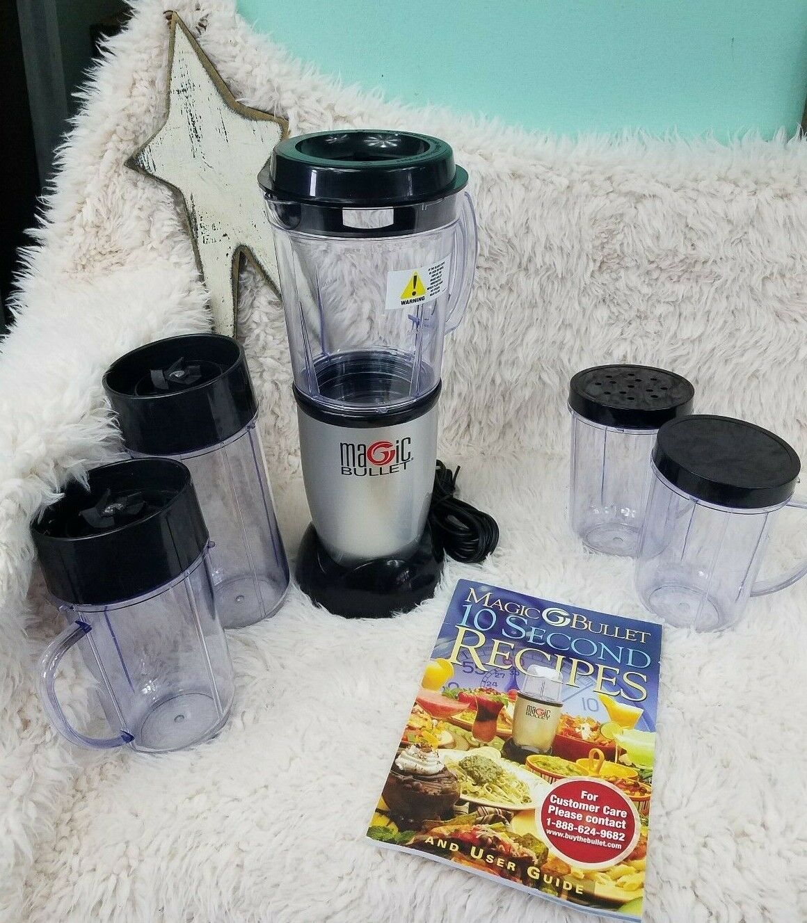 Magic Bullet MB1001 Blender w Recipe Book & Lots of Extras (13 pcs) LOOK