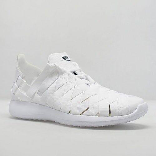 833824-100 Nike Black Women Juvenate Woven White Black Nike 072077