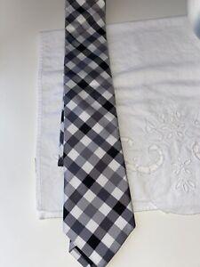 NEW EXPRESS Men/'s Tie ~ MRP $49.90 Dark Maroon and Black Plaid Skinny NWT