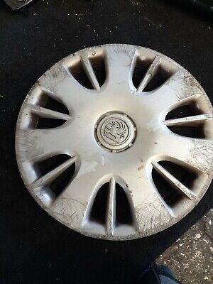 "GENUINE GM Vauxhall Corsa D Wheel Hub Cover 6J x 15/"" Silver 13214815 used  1x"