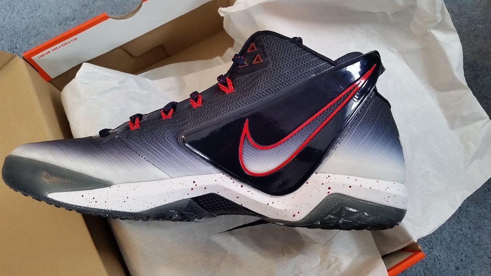 Nike Zoom Field Generals -  Men's Size 11.5  ------      Retail