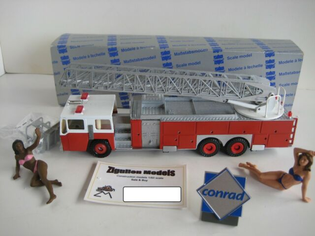 Bomberos One #5505 Conrad 1:50 Emb.orig