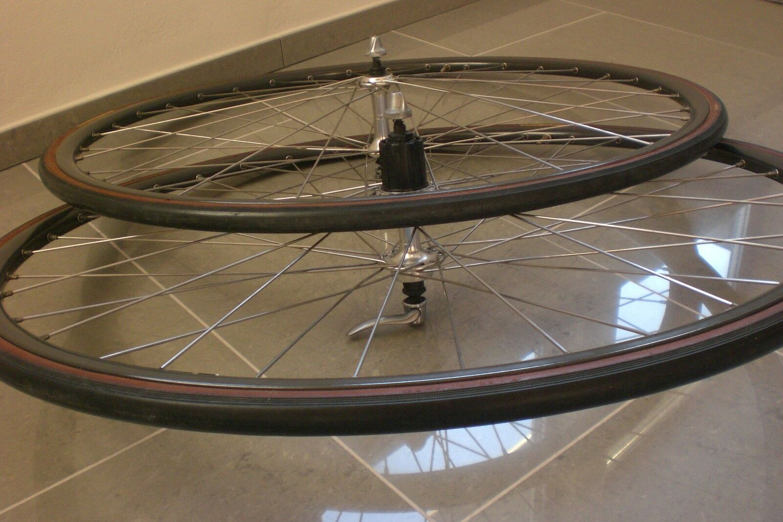 MINT Mavic Open 4 CD Shimano 600 Wheelset - 6 to 10 Speed-