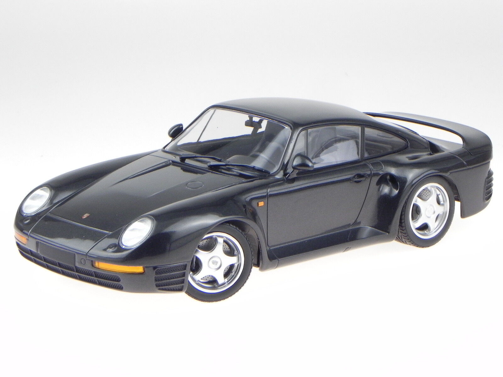 Porsche 959 1987 grå metallisk tärningskastmodellllerl 155066205 Minichamps 1 18