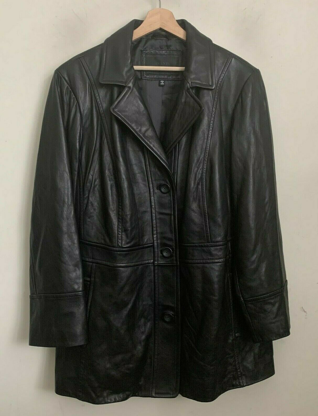 Avanti New York Woman Coat Black Leather Buttons Pockets Lined Size 3X NEW