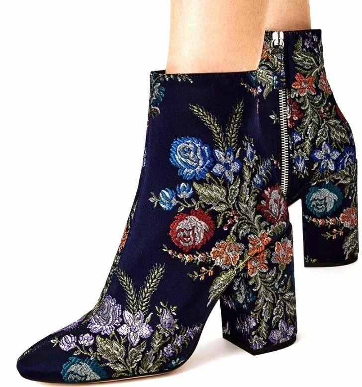 ZARA FLORAL EMBROIDEROT DETAIL ANKLE BOOTS NAVY BLUE UK 6/ EU 39 REF 2107/201