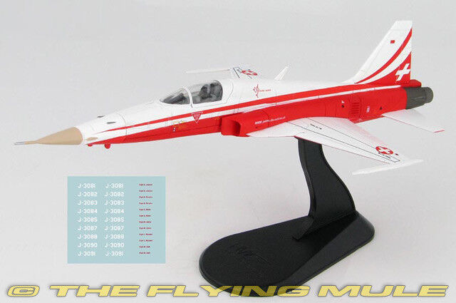 1 72 F-5E Tiger II Swiss Air Force Patrouille Suisse w Decal Sheet