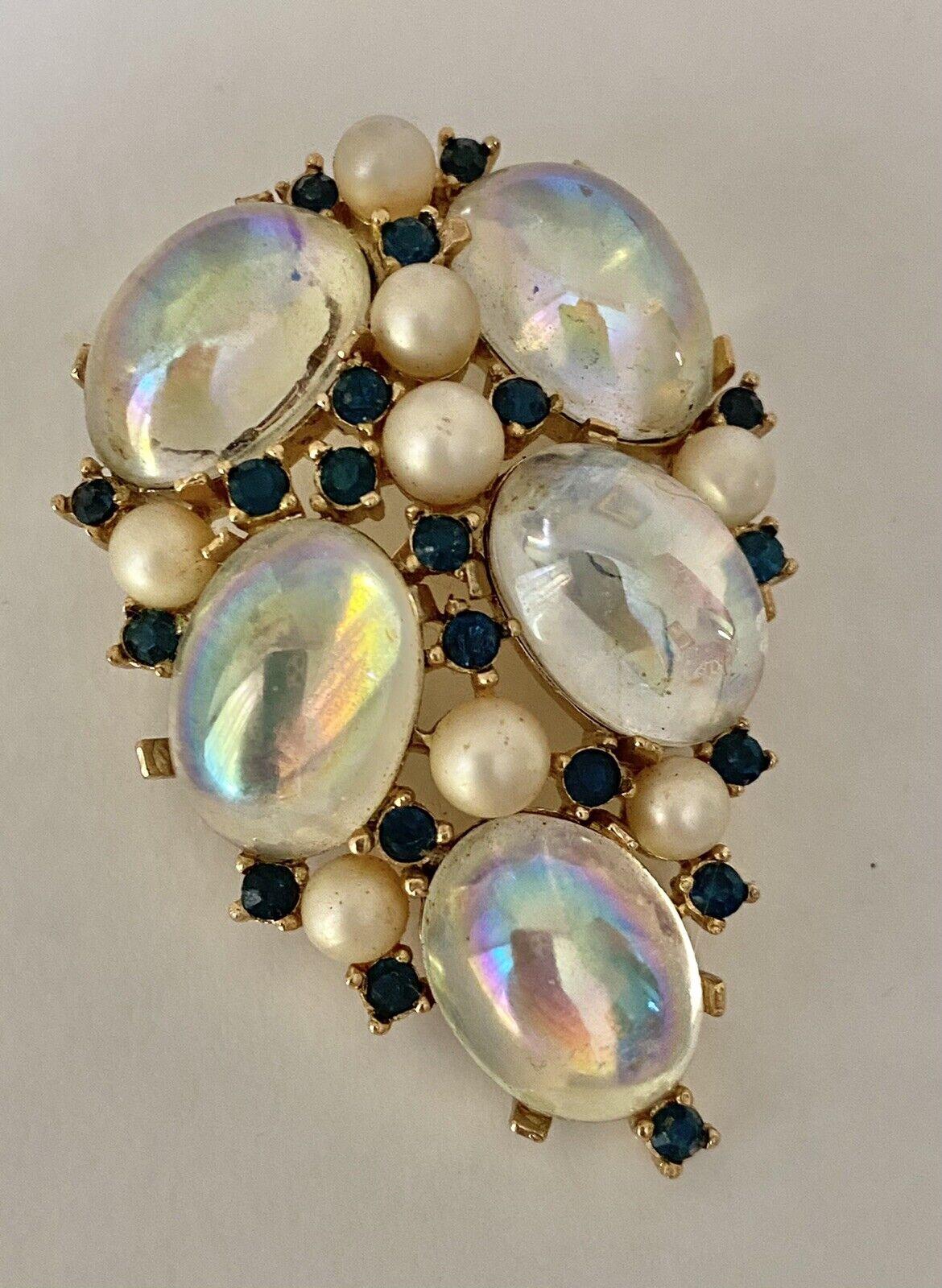 Trifari Sapphire & Pearl Brooch 1950s/60s - image 1